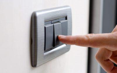 Chcete změnit dodavatele energií a ušetřit? Připravte se na obstrukce. Ale dá se jim vyhnout